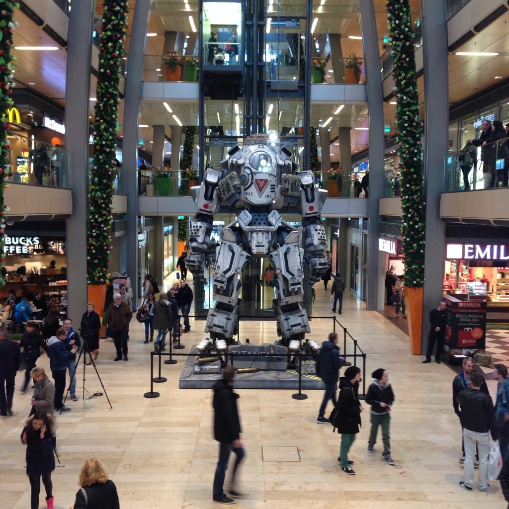 Titanfall Statue in Hamburg gesichtet